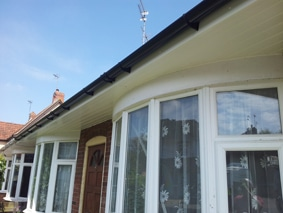 bays have deeper soffits