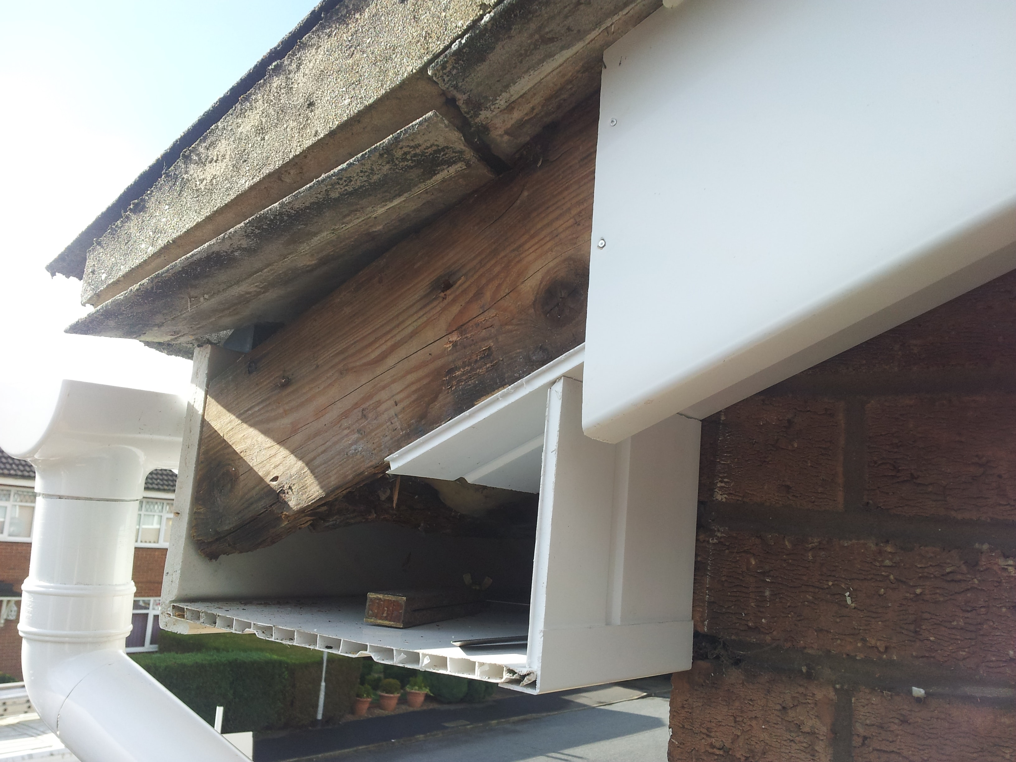 Gable rafter end